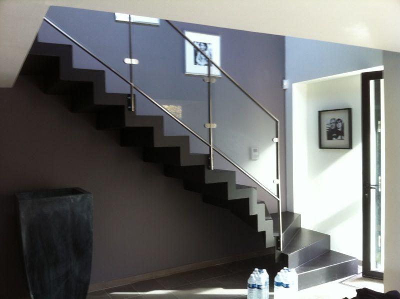 Escalier sur mesure avec rampe inox et verre - Ferronnerie Devey